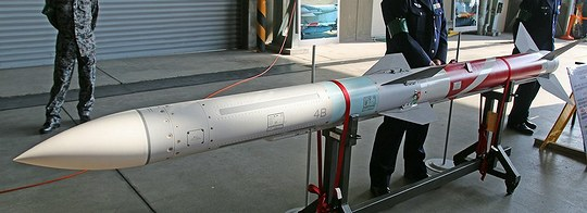 99式空対空誘導弾(AAM-4)