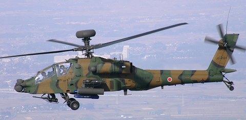 飛行中のAH-64D