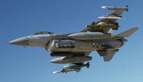 F-16ブロック40