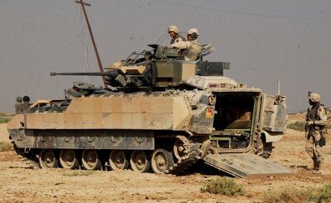 M2A2ブラッドレー
