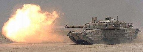 52口径120mm砲により高い攻撃力を持つ